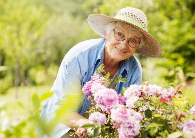 7 Benefits of Gardening for Seniors